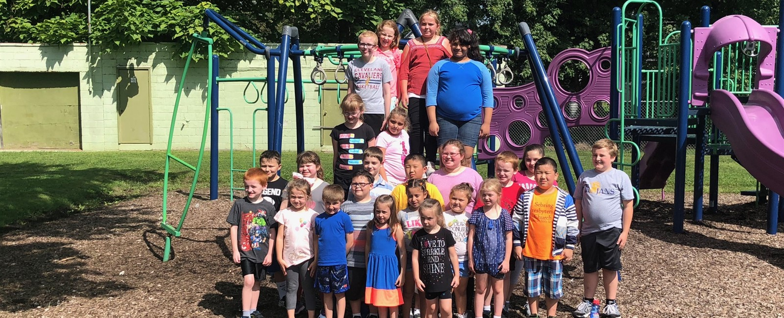 Twenty four elementary students were rewarded with an afternoon at the park for meeting their summer reading challenge.