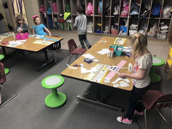 Kindergarten students participated in fun activities on the 100th day of school.