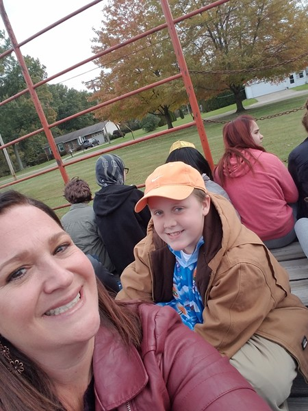 A group photo on the hayless hayride
